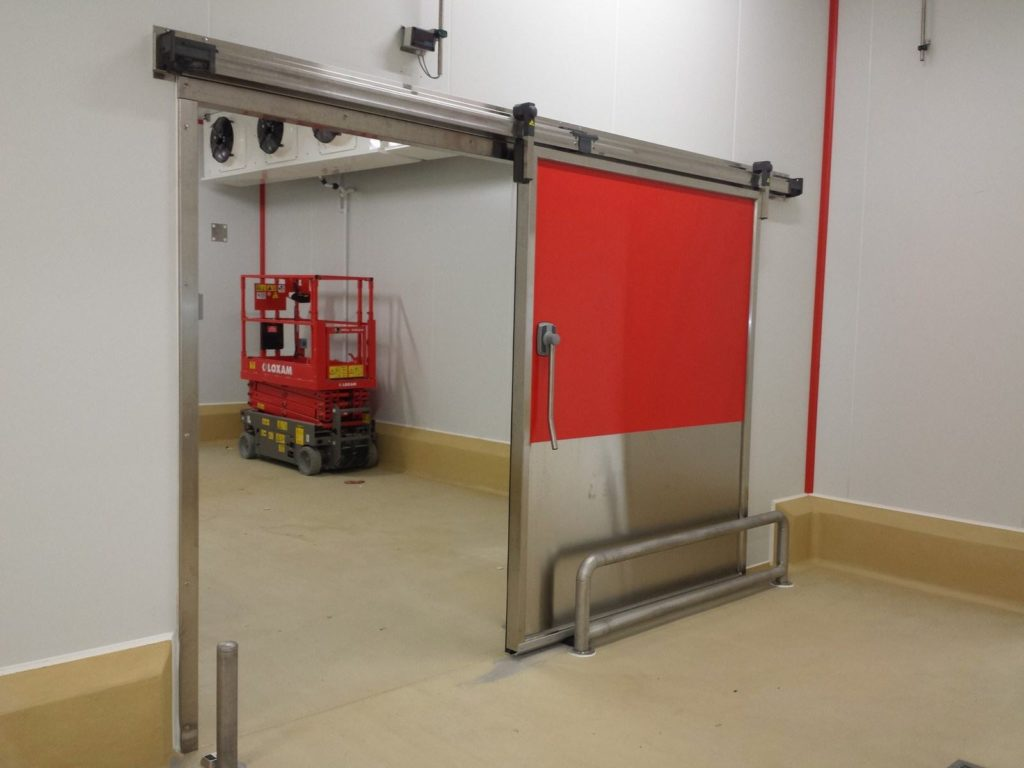 Porte Coulissante Isotherme Positive avec protections inox