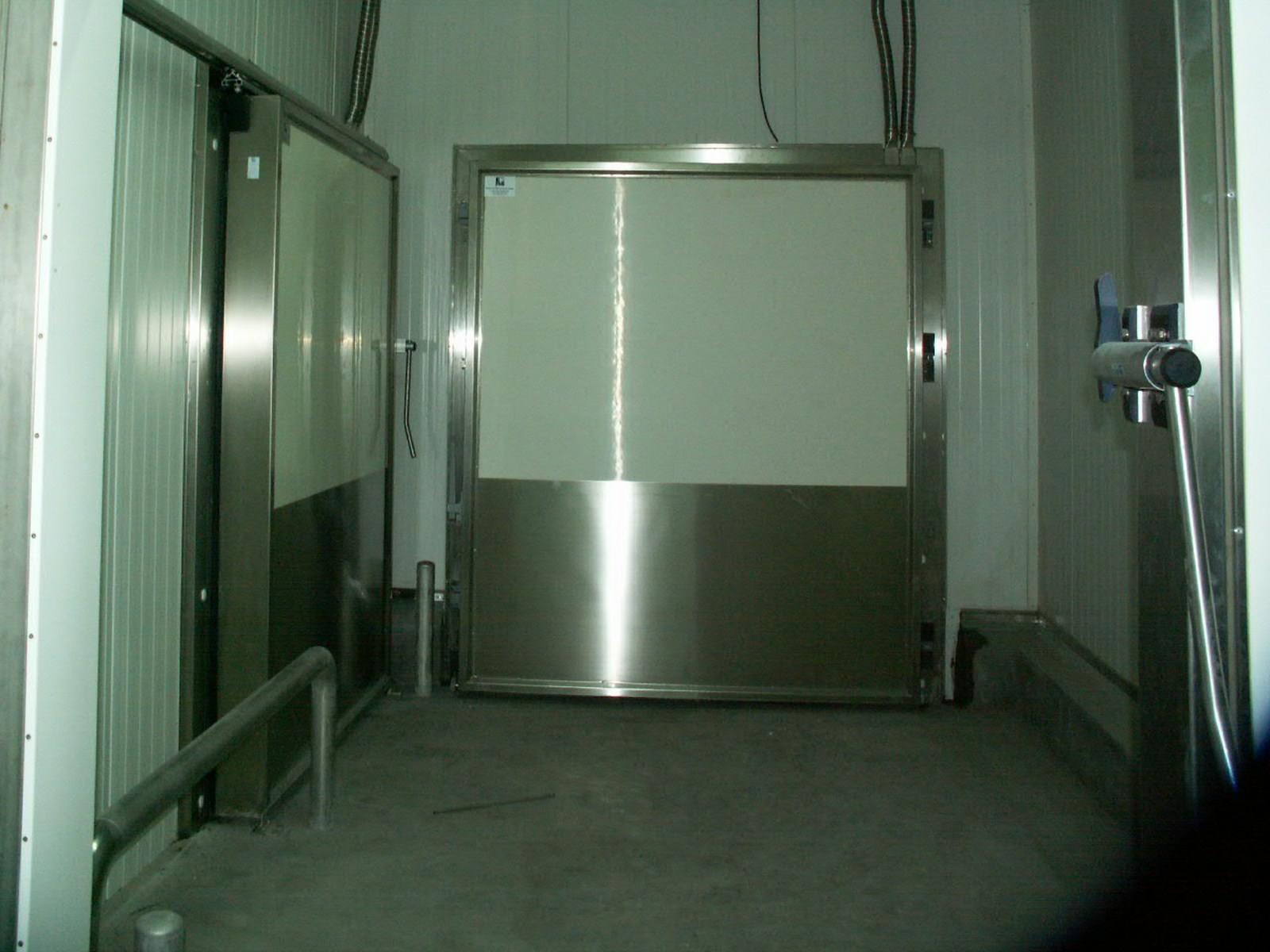 Porte coulissante de refrigeration